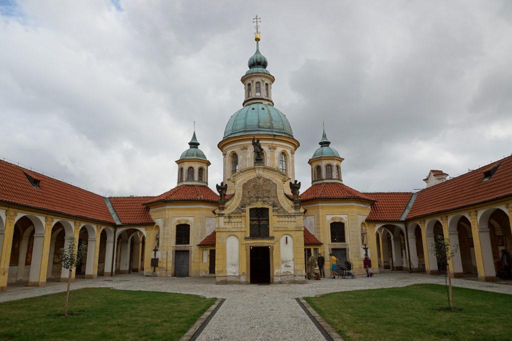 Kostel Panny Marie Vítězné Bílá hora