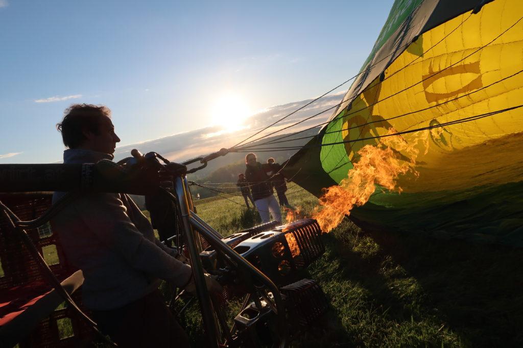 Nafukování balónu