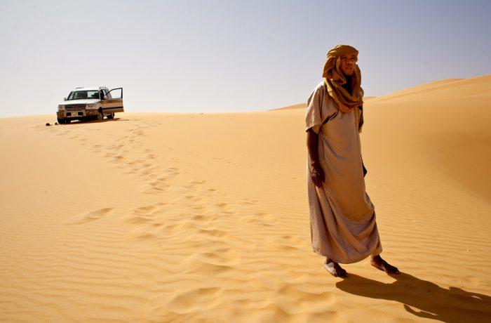 Profesionální foťáky mají kromě velikosti čipu výhodu i fyzické odolnosti... Byť tedy zrovna saharský písek snáší blbě každý foťák...