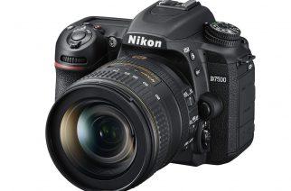 Nikon D7500 na oficiálním snímku. Foto: Nikon.cz